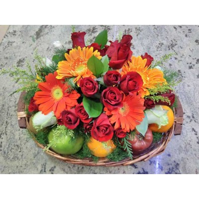 Flower Arrangement with Flowers and fruit A19